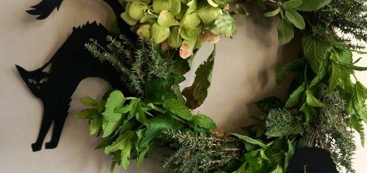 ghirlanda-con-le-erbe-aromatiche-per-halloween-9