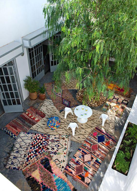 Arredare un terrazzo con i tappeti blossom zine blog for Arredare con i tappeti