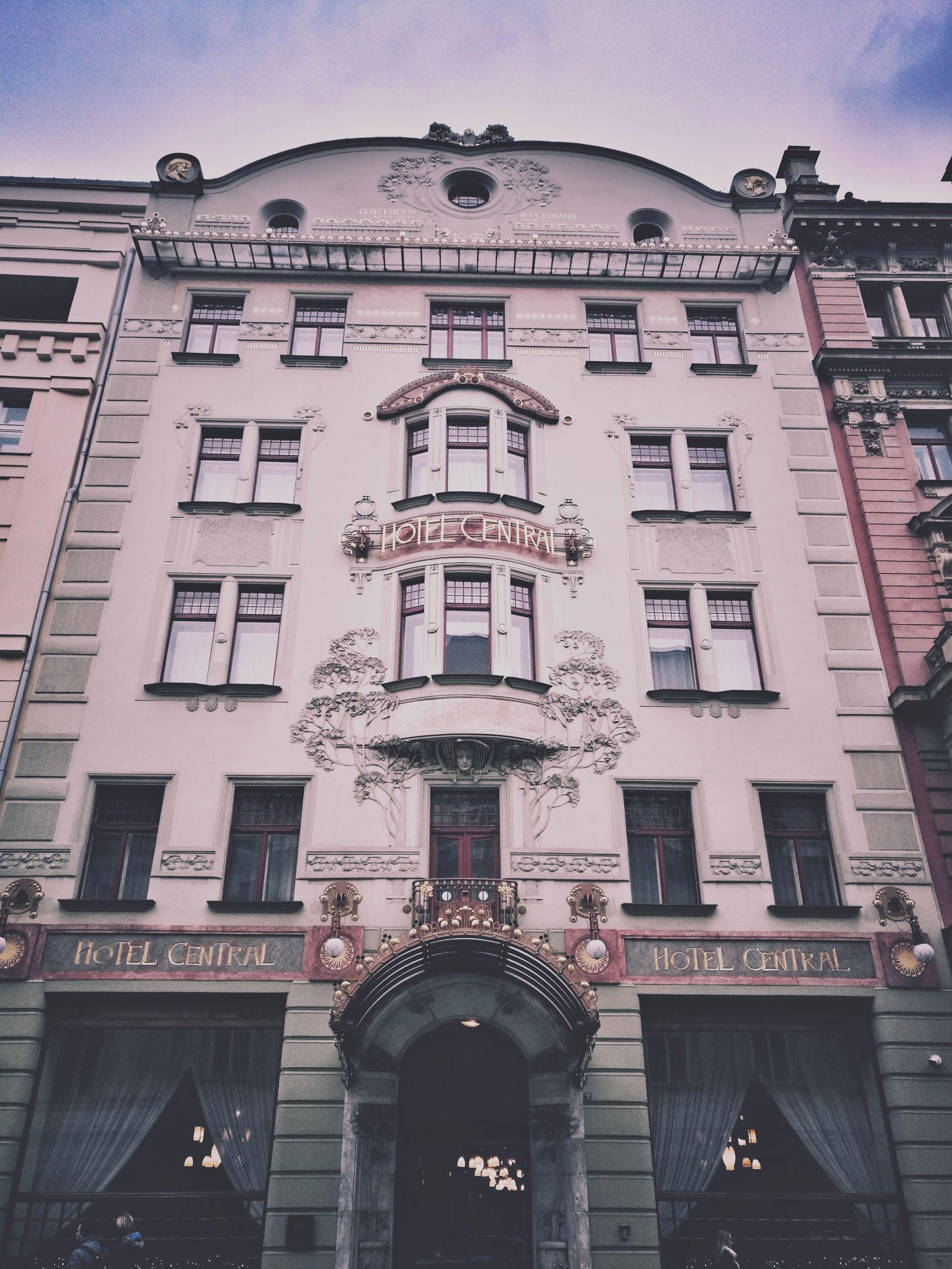 Blossom zine Praga in 4 giorni Art decò