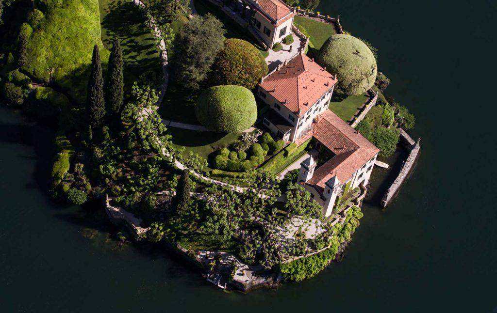 Villa-del-Balbianello_Lenno_photo-Yann-Arthus-Bertrand_b