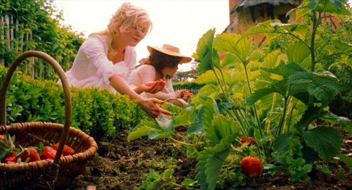 Marie Antoinette sofia coppola garden le petit trianon