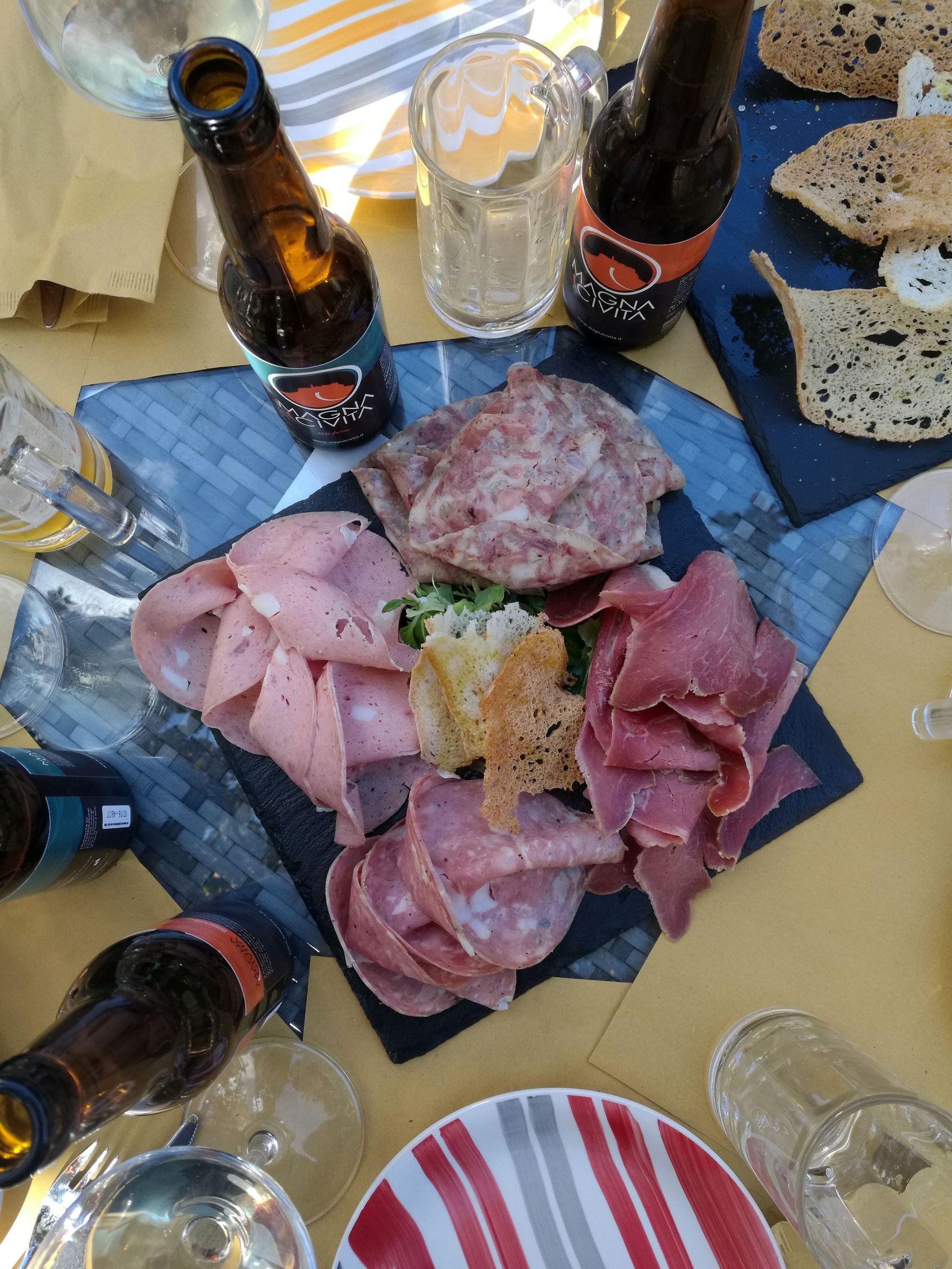 Magna Civitabagnoregio Blossom zine viaggio Promo Tuscia