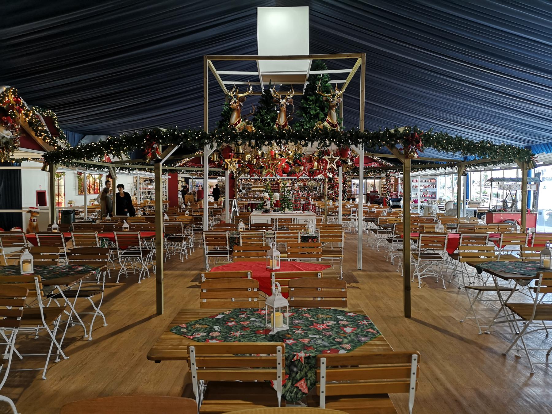 Flover l'area ristorazione per il periodo di Natale