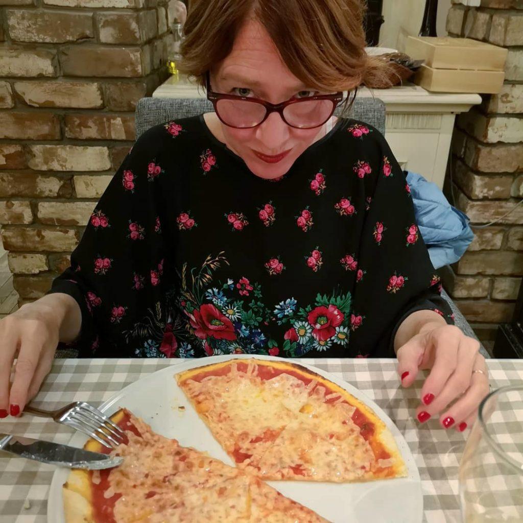 Blossom-zine-transiberiana-prima-classe-pizza-a-irkutsk