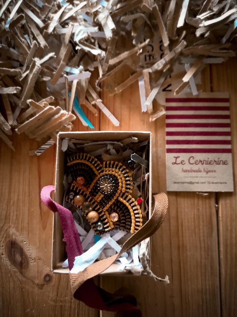 le cernierine CORONA fotografata da Blossomzine