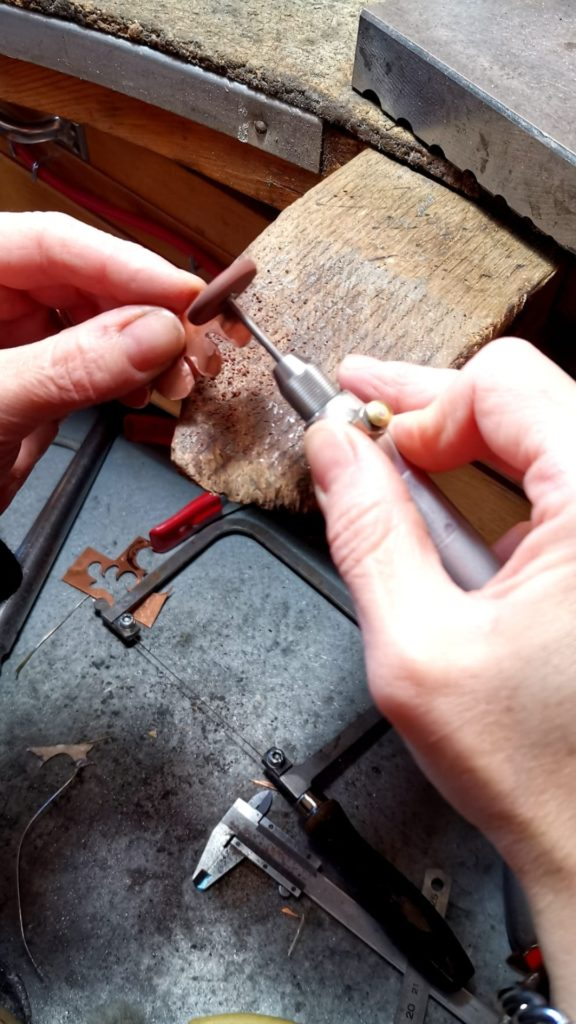 Livia Radice Gioie Lira design ispirato all'arte orecchini matisse